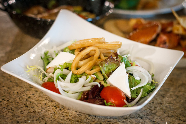 Салат  с курицей  и кальмаром.jpg