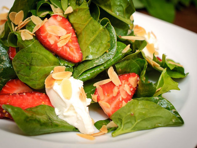 Салат зеленый шпинат.jpg